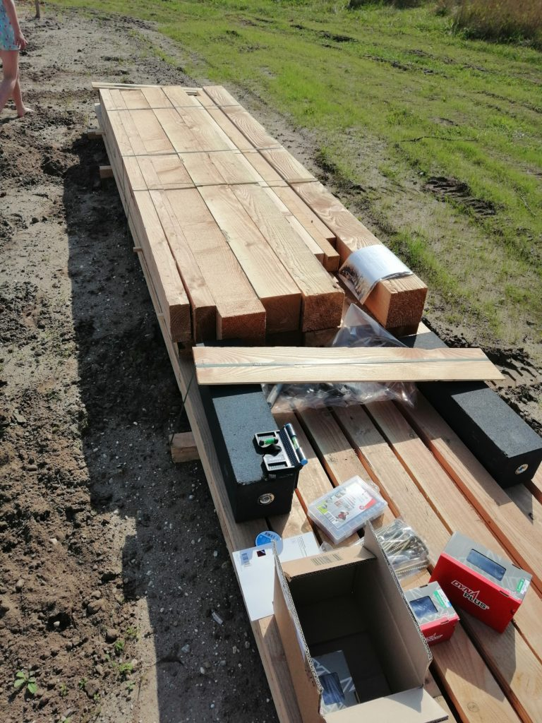 Levering douglas hout en houtbouwschroeven