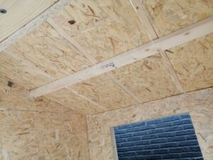 Plafond van het binnenhok