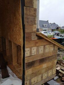 Pallethout op de voorkant