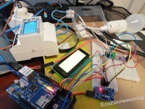 Testopstelling met alle elektronica